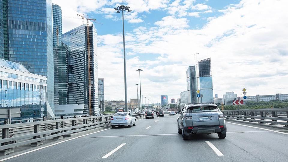 В Российской Федерации практически наполовину снизились расходы насодержание авто