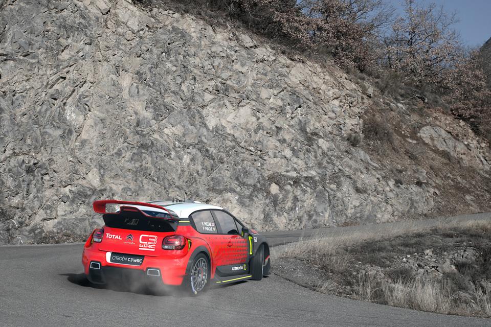Citroen C3 WRC . Фото 2