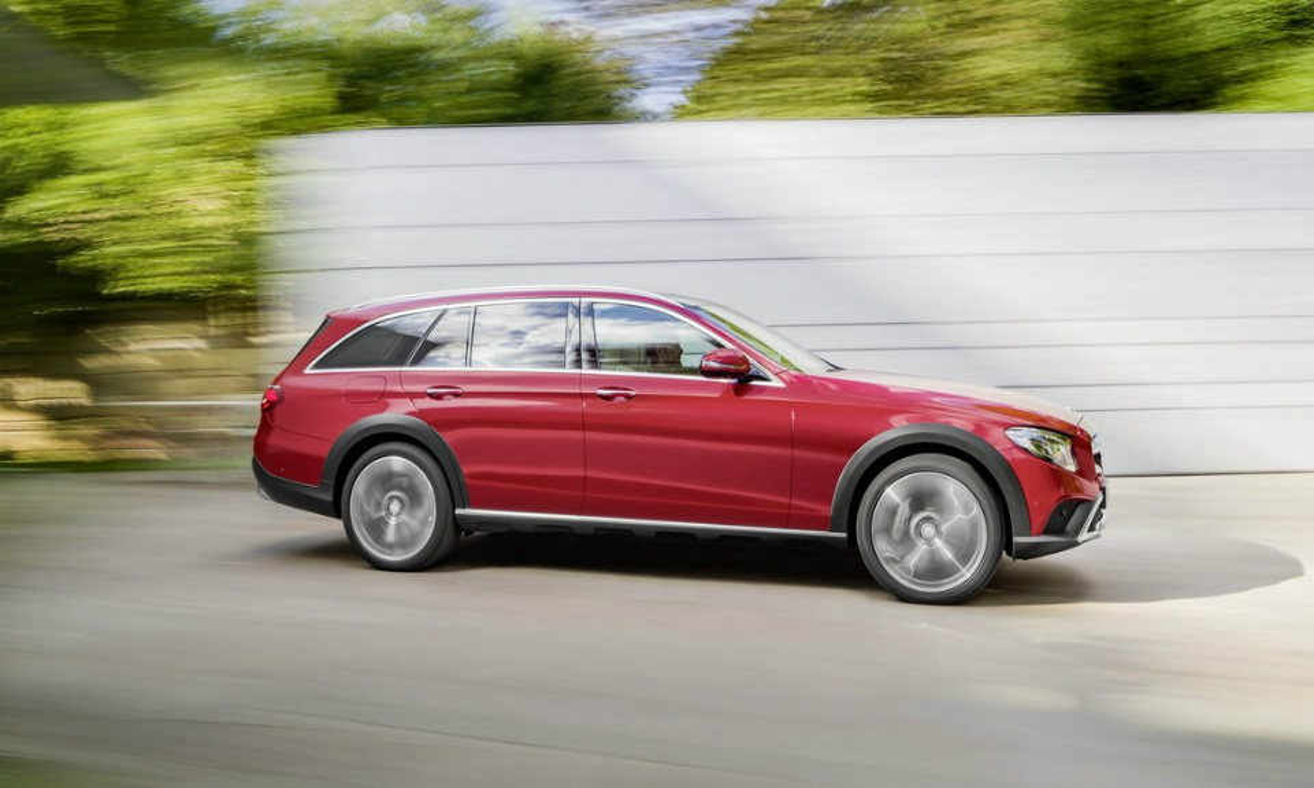 Премьера Mercedes-Benz E-Class All-Terrain состоится вПариже. Фото 1