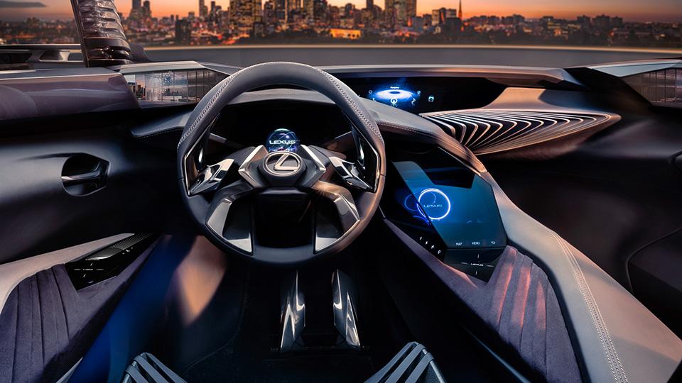 Интерьер нового концепт-кроссовера Lexus получит голографические элементы