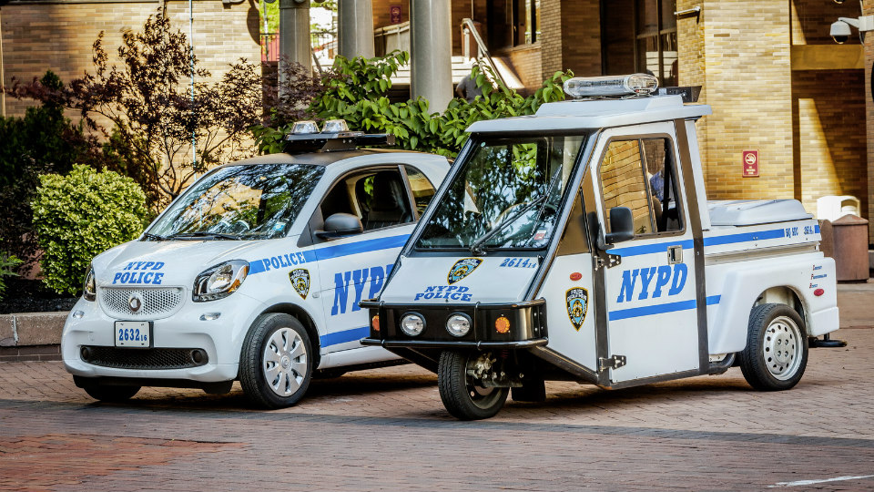 Наслужбу NYPD поступили компакт-кары Smart ForTwo