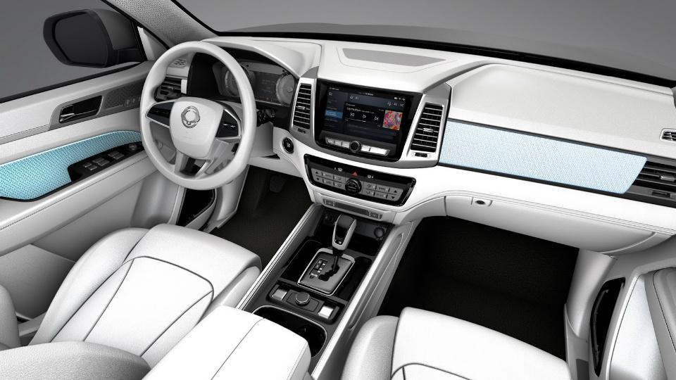 Сан Йонг представила новый концептуальный автомобиль LIV-2 для джипа Rexton