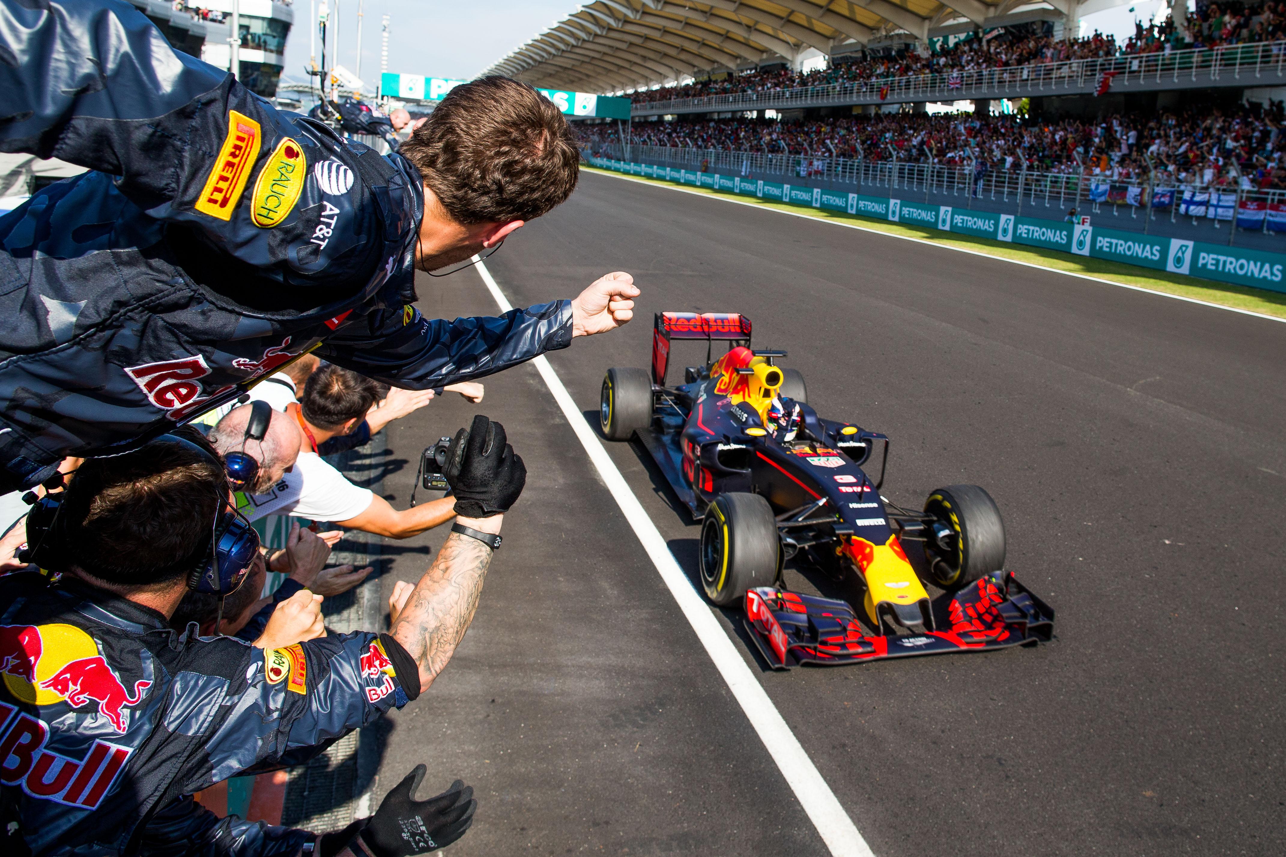 Как судьба распределила испытания инаграды вжарком Гран-при Малайзии. Фото 5