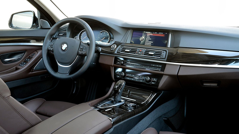 BMW 5-Series получит салон встиле 7-Series последнего поколения. Фото 2