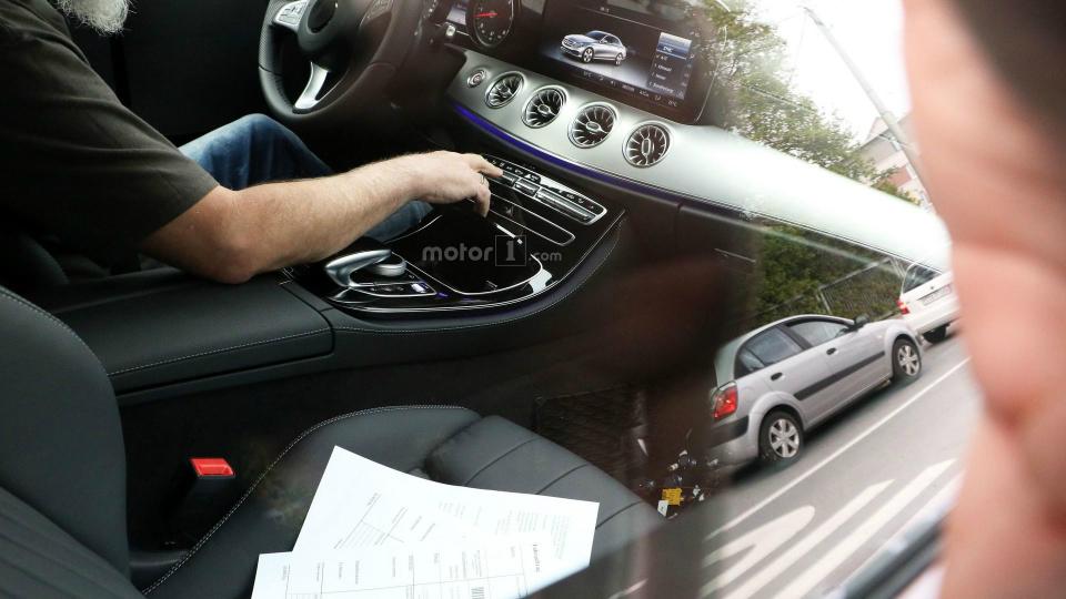 Шпионы сфотографировали Mercedes-Benz C-Class в кузове купе 20