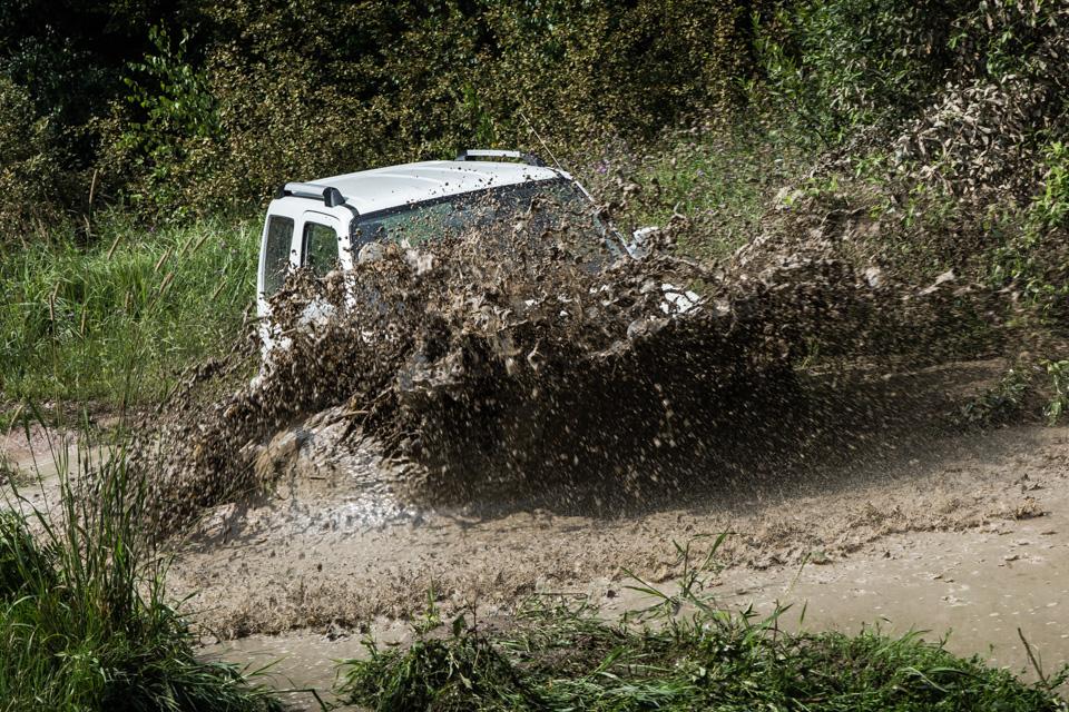 Неочень одухотворенные приключения Suzuki Jimny иJeep Wrangler набездорожье. Фото 20