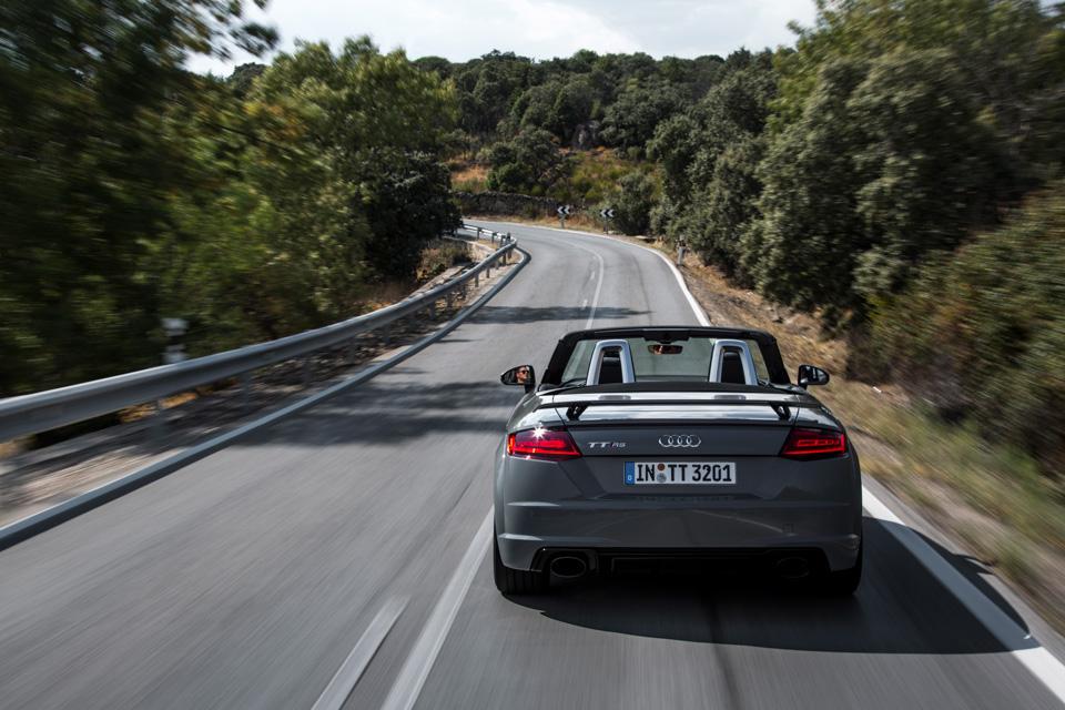 Тест-драйв самой доступной модели Audi, выезжающей изчетырех секунд. Фото 1