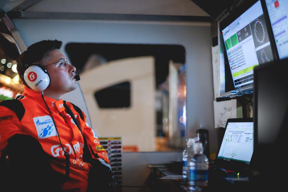 Роман Русинов отом, почему сезон-2016 для G-Drive Racing вдруг пошел под откос, икак онбудет выигрывать в2017-м. Фото 24