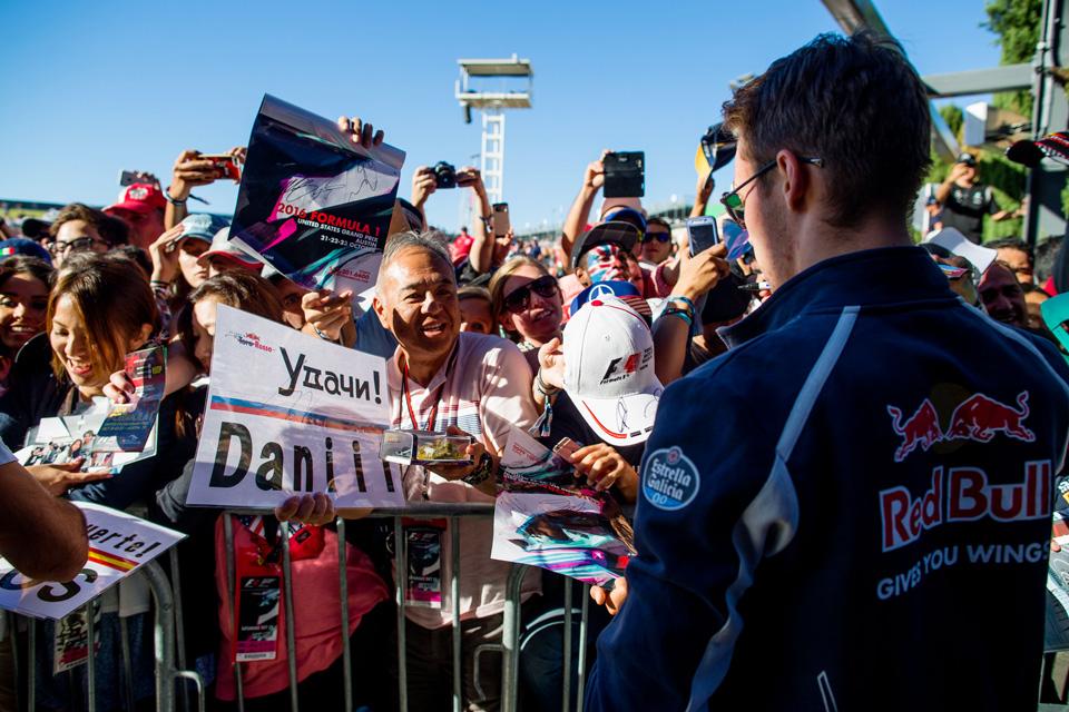 Важная победа Хэмилтона, красавцы-испанцы идругие события Гран-при США. Фото 17