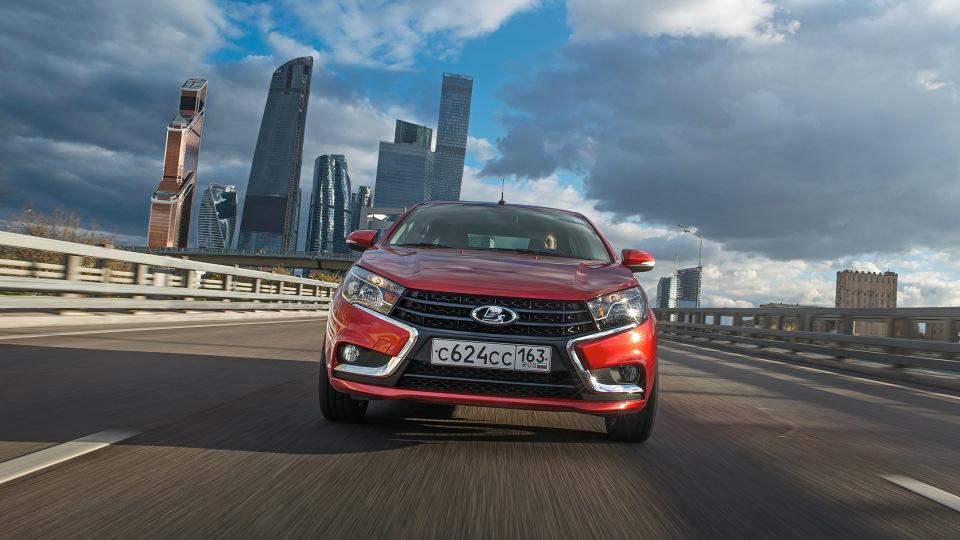 «АвтоВАЗ» запустил продажи Лада Vesta ссамым мощным двигателем