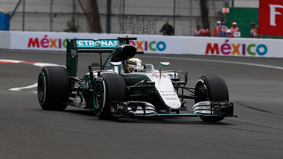 Хэмилтон стал победителем квалификации Гран-при Мексики