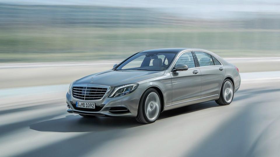 Benz S-класса получит новейшую гамму моторов