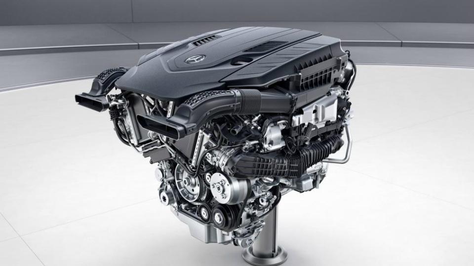 Mercedes оснастит S-Class новым V8