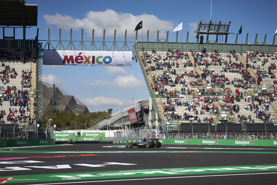 Блудная «бронза», грязная ругань идругие события Гран-при Мексики. Фото 7