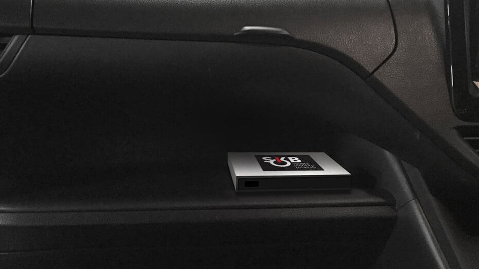 Автомобили Тоёта можно открыть при помощи телефона