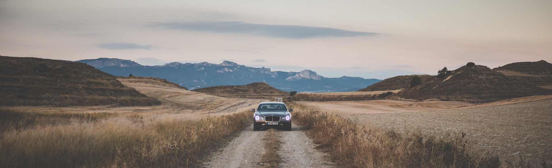 Как повлияла буква Sнатемперамент Bentley Flying Spur V8. Фото 10
