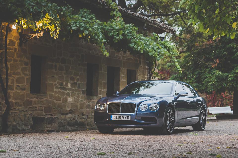 Как повлияла буква Sнатемперамент Bentley Flying Spur V8. Фото 1