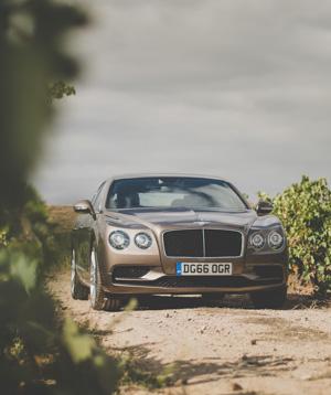 Как повлияла буква Sнатемперамент Bentley Flying Spur V8