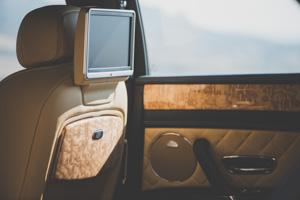 Как повлияла буква Sнатемперамент Bentley Flying Spur V8. Фото 8