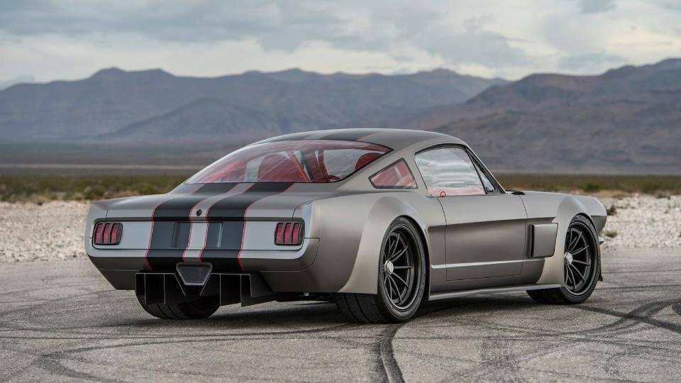 Нафестивале SEMA дебютировал «злостный» концепт набазе Mustang 1965 года