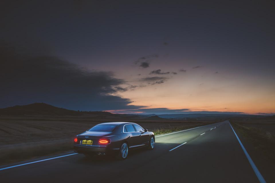 Как повлияла буква Sнатемперамент Bentley Flying Spur V8. Фото 12