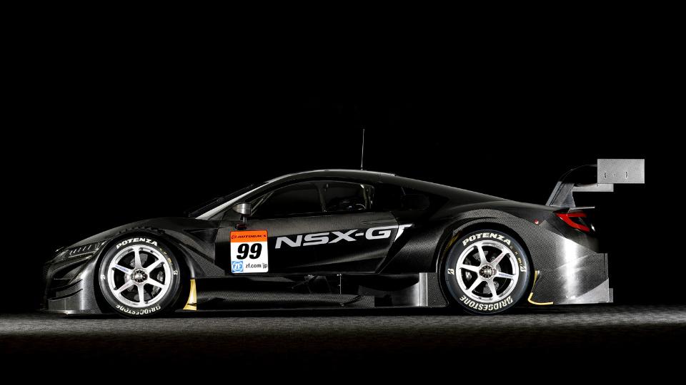 «Хонда» представила новую версию суперкара NSX для чемпионата Super GT. Фото 1