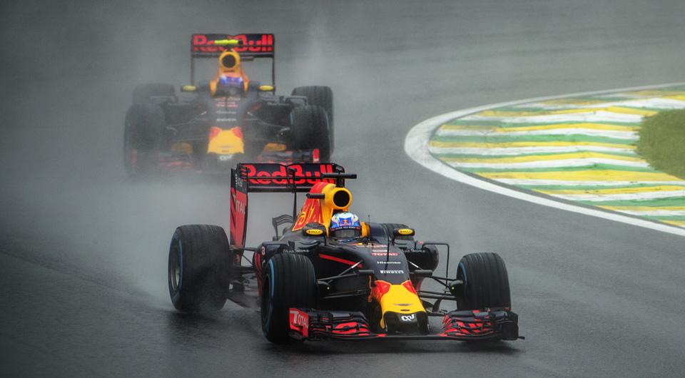 Как пилоты Формулы-1 показали судьям иFIA, что нестоит слишком сильно заних переживать. Фото 8