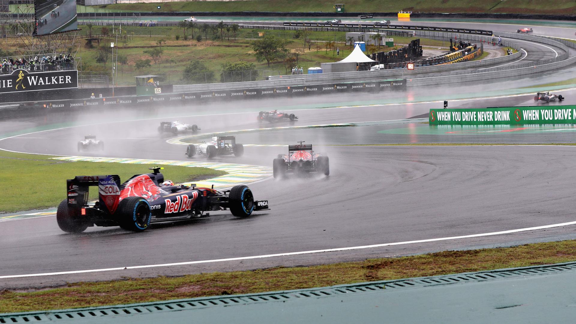 Как пилоты Формулы-1 показали судьям иFIA, что нестоит слишком сильно заних переживать. Фото 10