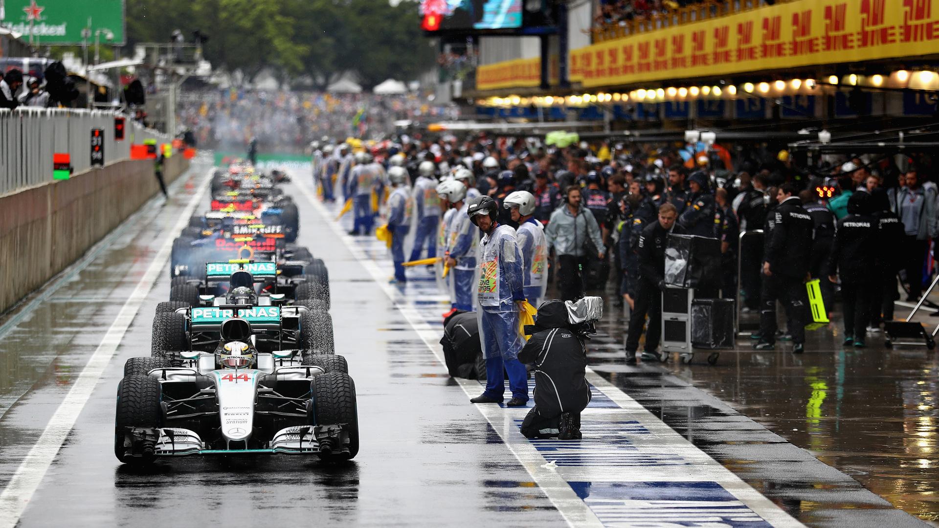 Как пилоты Формулы-1 показали судьям иFIA, что нестоит слишком сильно заних переживать. Фото 4