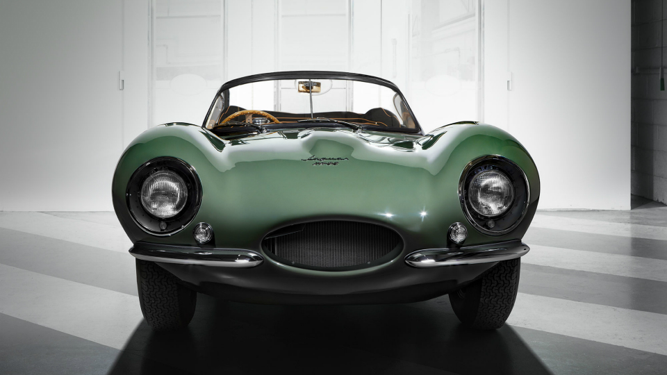 Jaguar вернул кжизни «первый вмире суперкар»