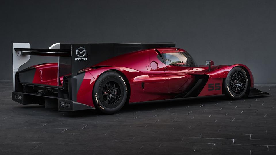 Компания Mazda представила гоночный прототип RT24-P