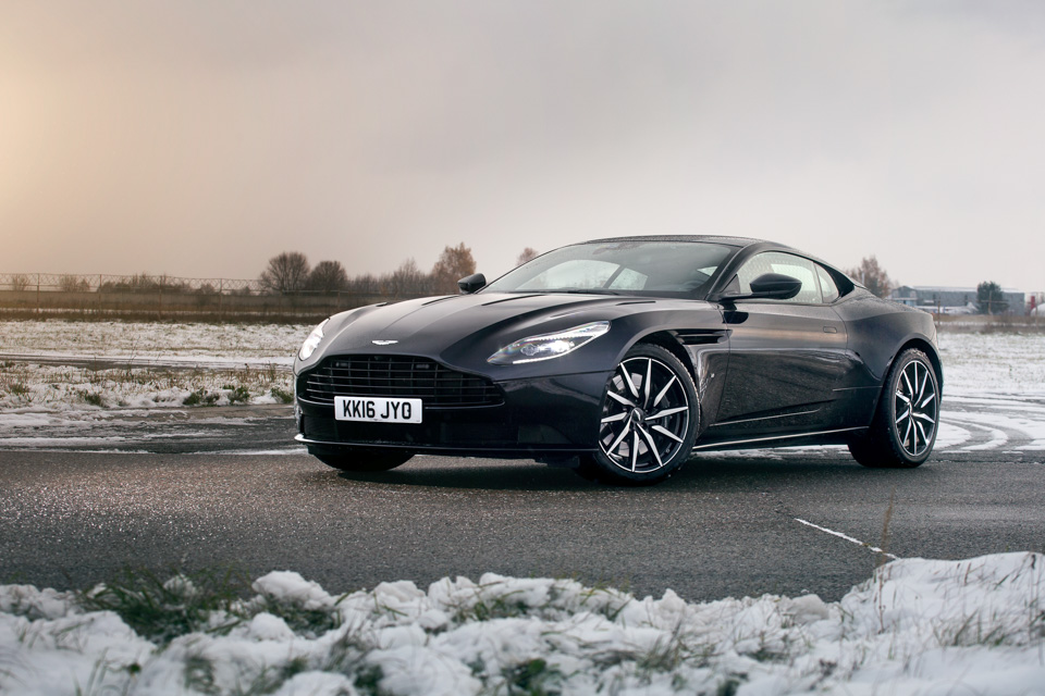 Тест-драйв мечты Джеймса Бонда: Aston Martin DB11. Фото 2