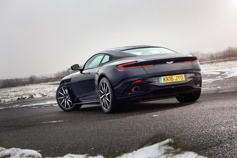 Тест-драйв мечты Джеймса Бонда: Aston Martin DB11. Фото 6