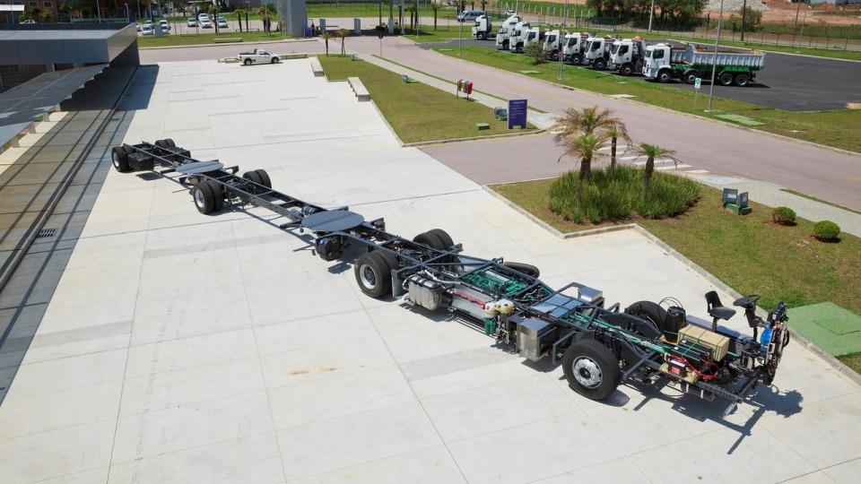 Модель Gran Arctic 300 длиной 30 метров будет ездить вБразилии