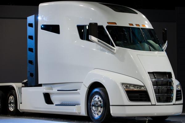 Электро-водородный грузовой автомобиль Nikola One. Фото ивидео спрезентации