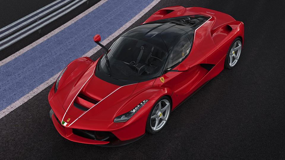 LaFerrari побила рекорд стоимости для выпущенных в21 веке машин
