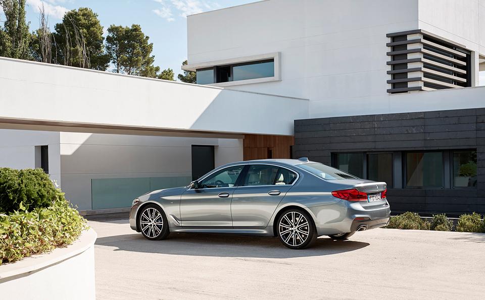 Тест новой «пятерки» BMW, которая теперь почти как «семерка». Только меньше. Фото 1