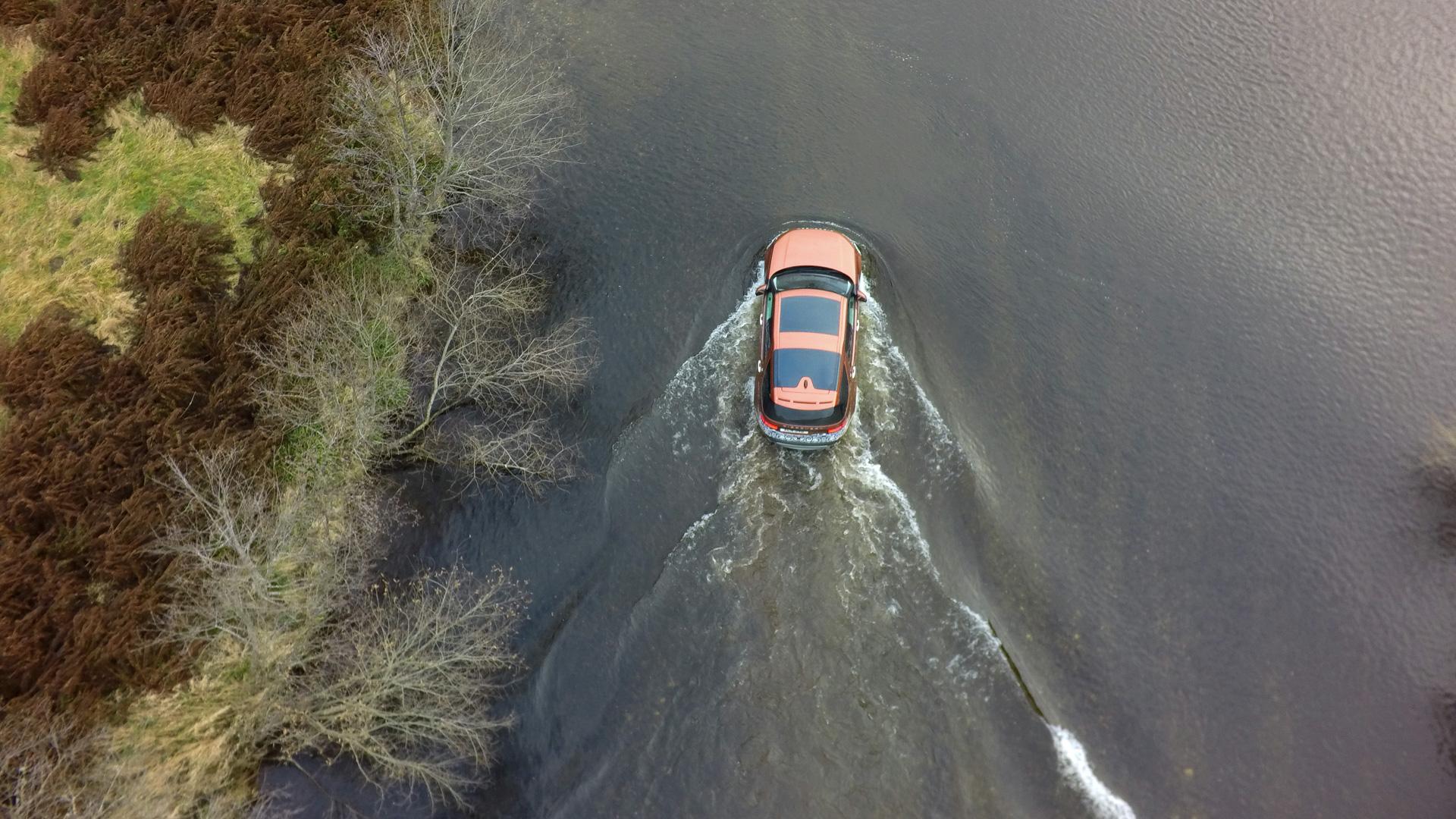 Первый тест революционного Land Rover Discovery. Фото 5
