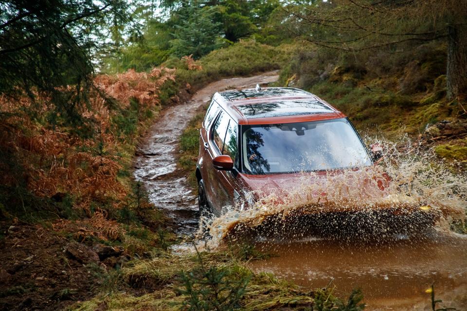 Первый тест революционного Land Rover Discovery. Фото 4