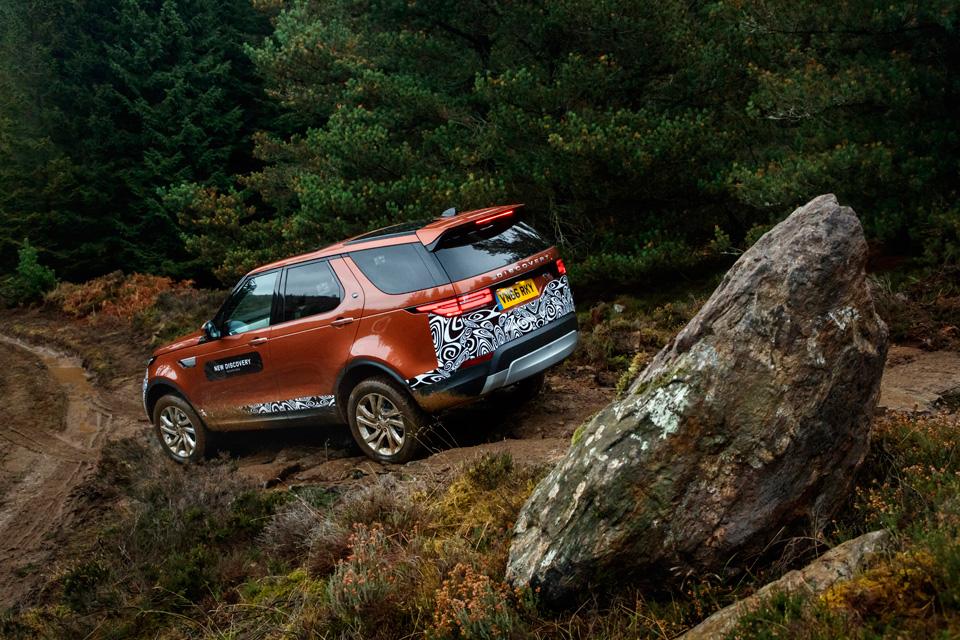 Первый тест революционного Land Rover Discovery. Фото 7
