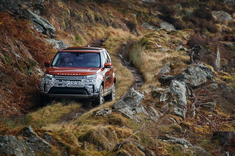 Первый тест революционного Land Rover Discovery. Фото 1