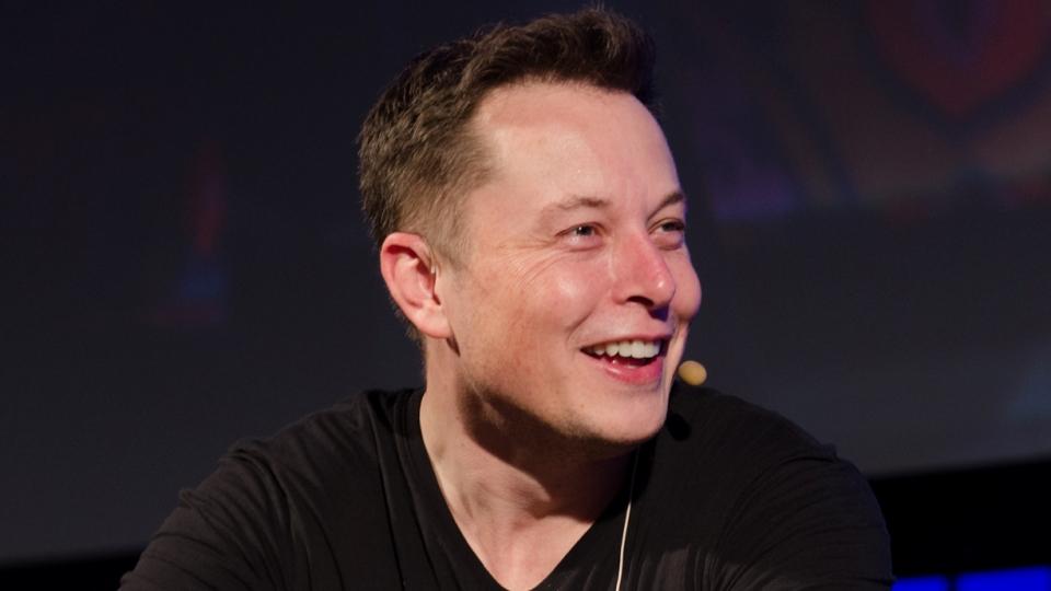 Скучающий впробках Илон Маск обещает заняться прокладыванием тоннелей