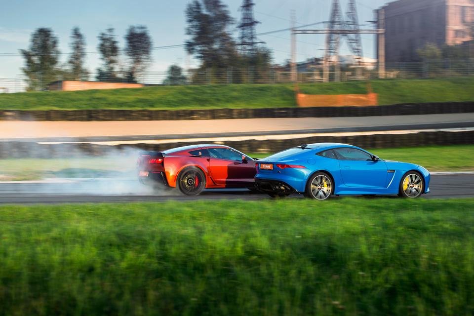 Битва года: Jaguar F-Type SVR vsChevrolet Corvette Z06. Фото 15