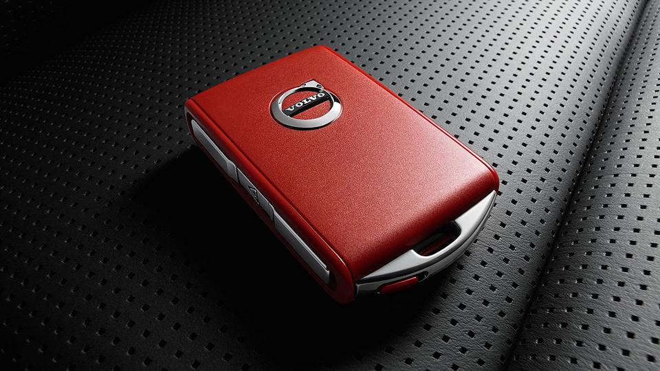 ВVolvo придумали для молодых водителей красный ключ