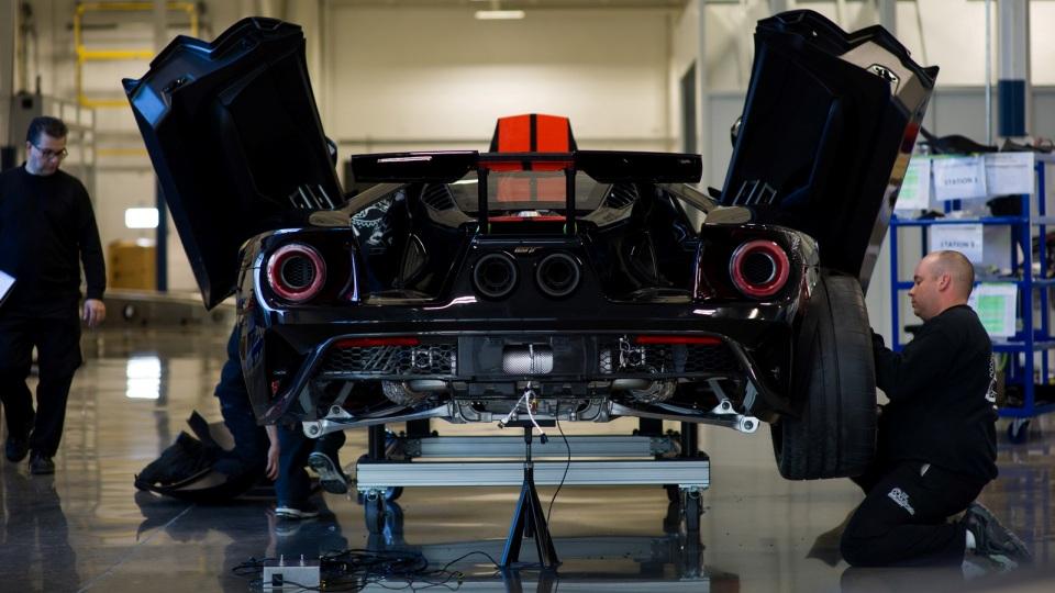 Первые экземпляры суперкара GTполучит руководство Ford