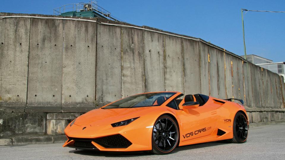 Открытый Lamborghini Huracan сделали легче имощнее