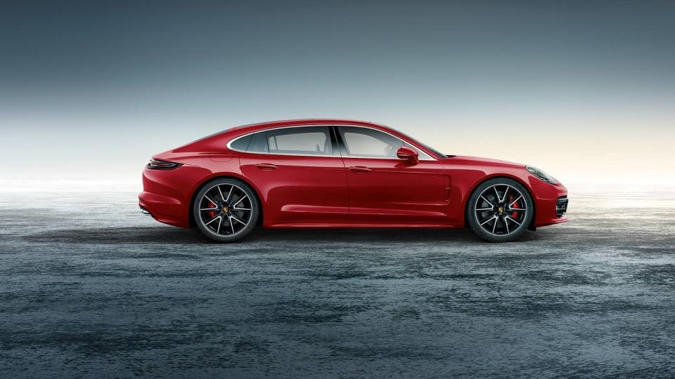 Отделение Porsche Exclusive доработало версию Turbo Executive
