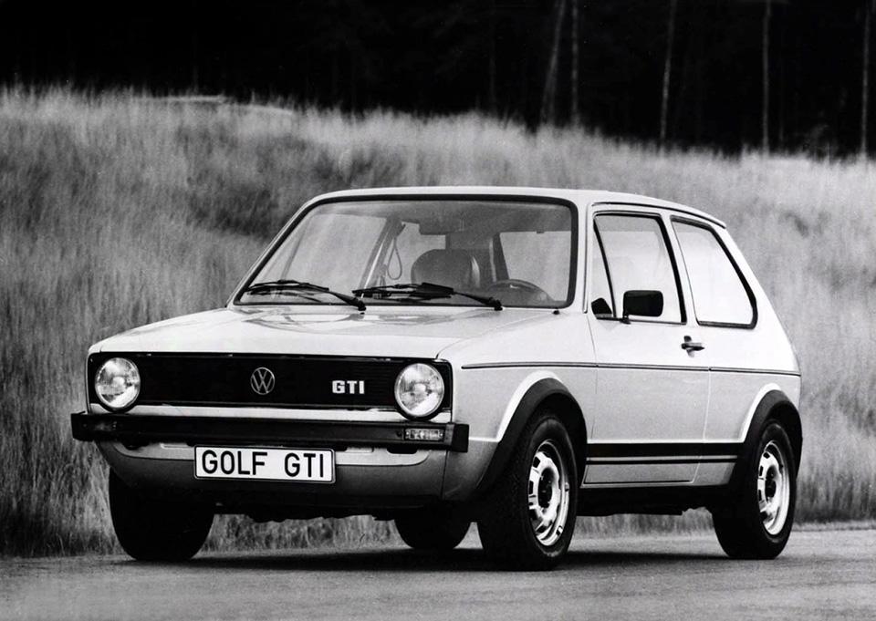 Обычная фотография 1975 года? Несовсем— эмблема GTI еще несерийная!