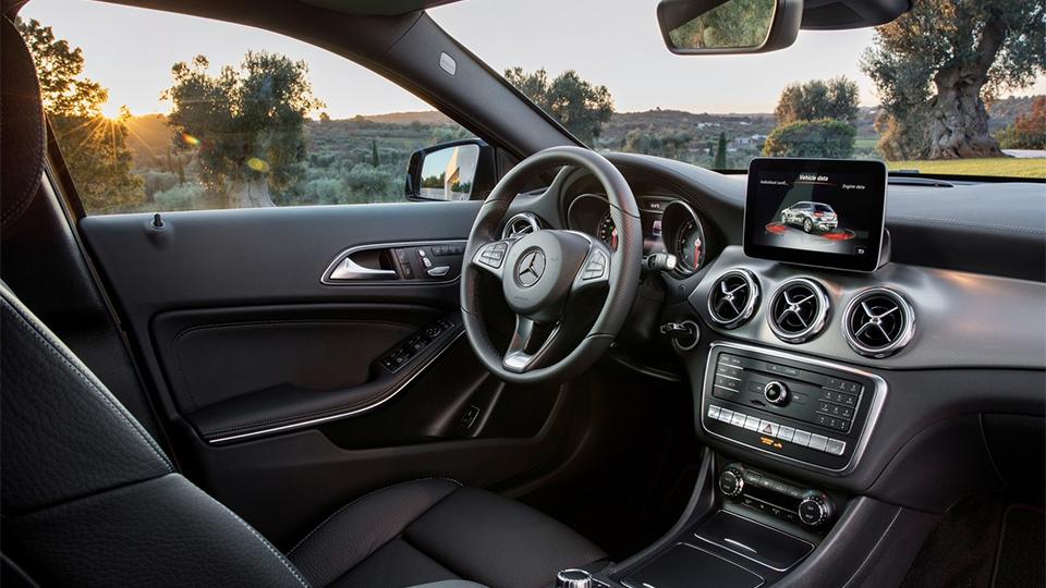 Mercedes-Benz GLA получил светодиодные фары. Фото 4
