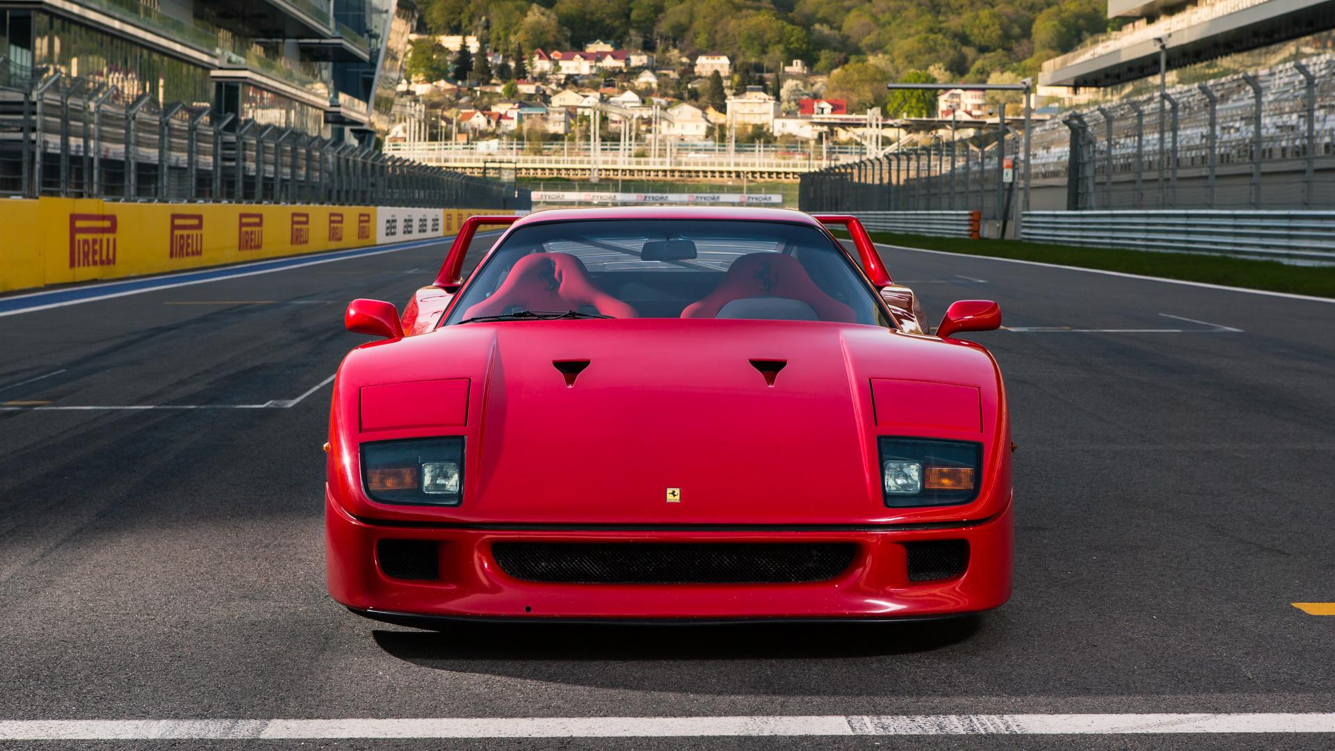 Тест-драйв турбо-Ferrari прошлого инастоящего. Часть вторая: Ferrari F40. Фото 10